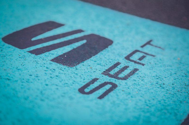 pubblicità seat arona floor stcker